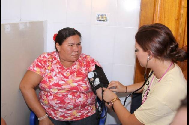 CDA del barrio villa estrella recibió  ayuda de estudiantes