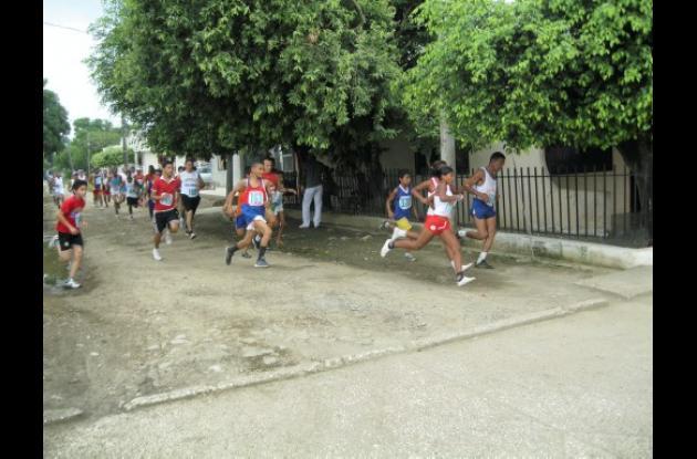 carrera atlética de homenaje a Salvador Córdoba