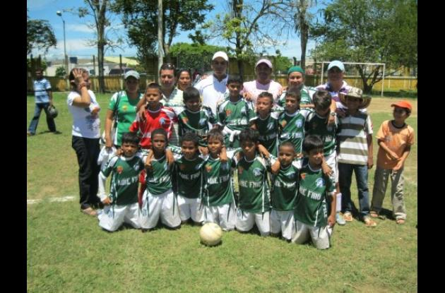 Escuela de Fútbol Rey Pelé categoría  preinfantil, campeón del Festival