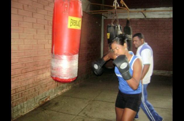 Kelly Solano, cordobesa que se coronó campeona nacional de boxeo femenino