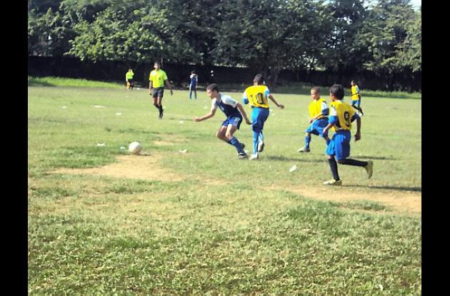 El equipo de Montería entrena para los juegos intercolegiados nacionales