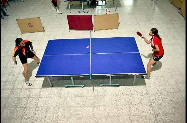 Loriam Argumedo Dau, (izquierda en la foto) en una de sus competencias