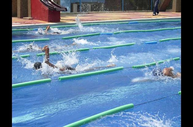 Córdoba cuenta con fuertes nadadores