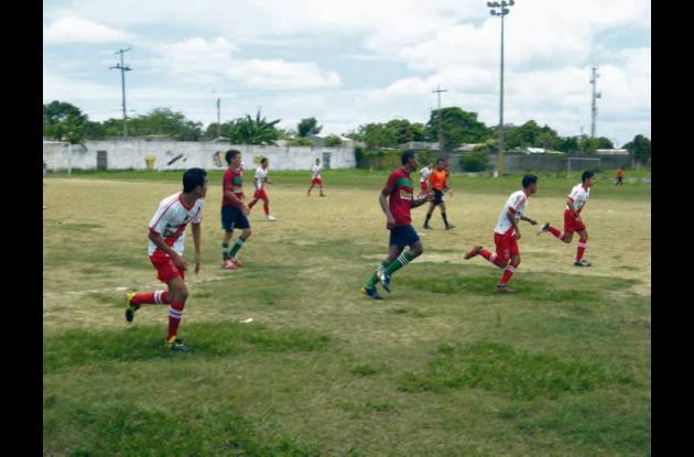 Se disputa la gran final del evento de fútbol en el municipio de Sahagún 2011