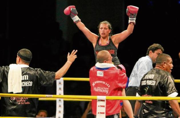 La colombiana Ennis Pacheco se coronó como nueva campeona mundial de boxeo