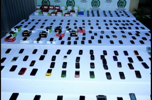 Gobierno busca ponerle freno al robo de celulares.
