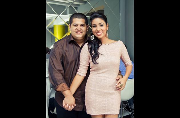 Los promtidos Guillermo Antonio Avendaño e Isabel Cristina Chacón