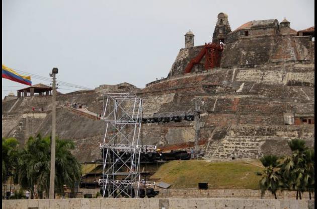 La cena se realizará esta noche en el restaurante del Castillo San Felipe.