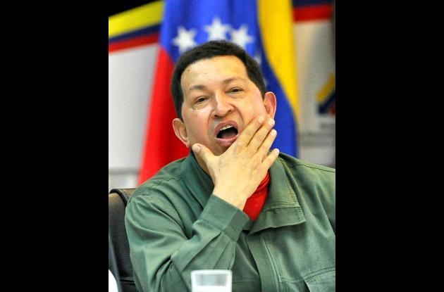 Hugo Chávez se recupera de una cirugía de urgencia a la que se sometió durante u