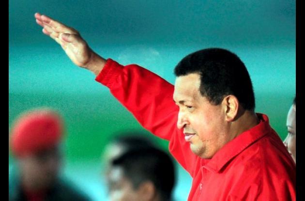 Hugo Chávez viajó a Cuba para someterse a las primeras sesiones de quimioterapia