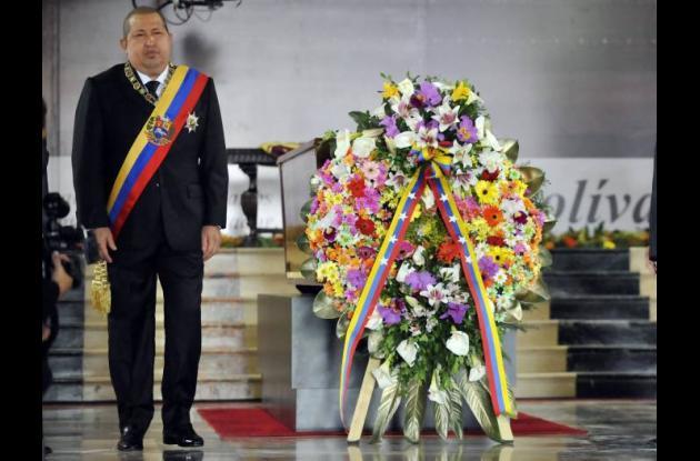 El presidente venezolano, Hugo Chávez, participa en la ceremonia conmemorativa d