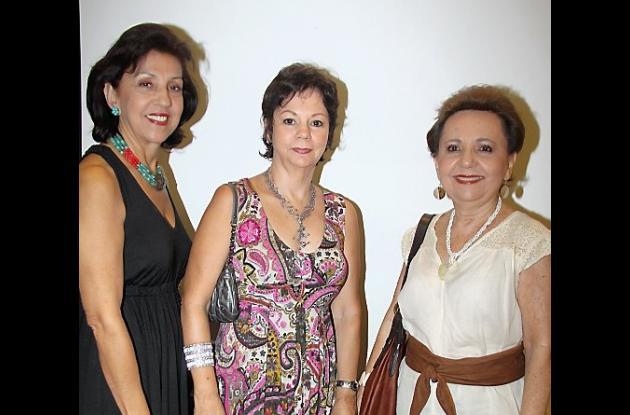 Chela de Martínez, Luly de Vélez y Oti de Salazar