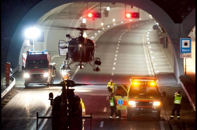 Mueren 28 personas en accidente de autobús en Suiza.