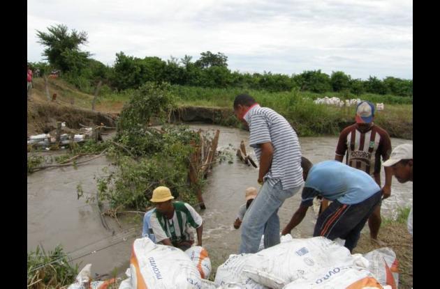 El Río Magdalena sigue creciendo en Tacamocho y se teme que pronto comiencen las