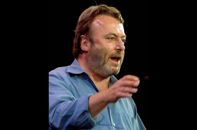 El escritor y columnista británico Christopher Hitchens.