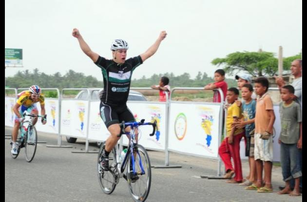 Cristian Tamayo ganó la primera etapa de la Clásica Internacional del Caribe