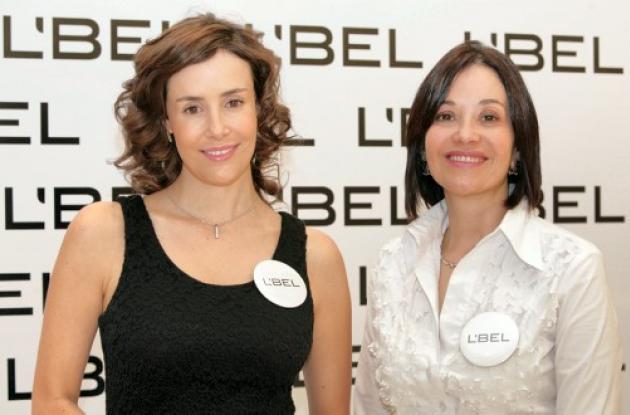 La actriz Cristina Campuzano y la dermatóloga Claudia Lozada.
