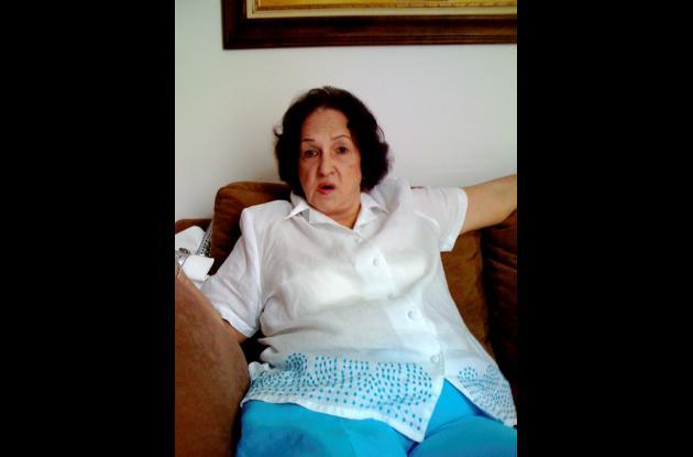 Shirley del Carmen Fernández viuda de Casado.