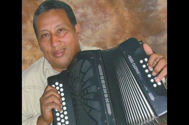 Pedro Elías, categoría profesional.