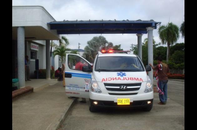 La nueva ambulancia del Camu de San Antero.