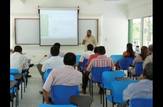 Visita de pares académico de biología a la Universidad de Córdoba.