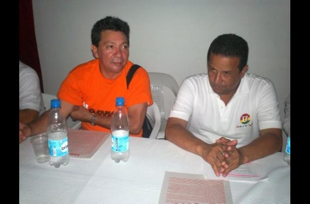 El exaspirante y exalcalde José García adhiriendo a Francisco Padilla.