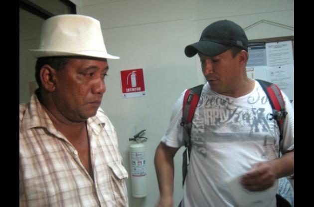 Amaury Navarro y Julio Berrocal  sufren de sinusitis y afecciones pulmonares.