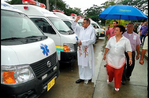 ambulancias entregadas por la gobernadora Marta Sáenz.