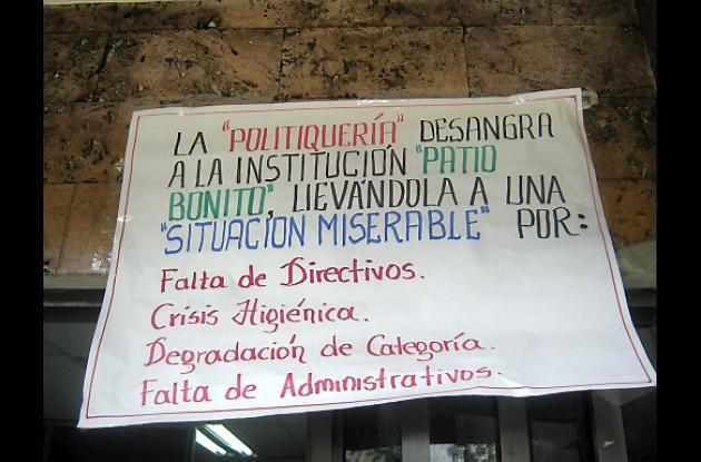 Marcha de protesta de los profesores de Patio Bonito