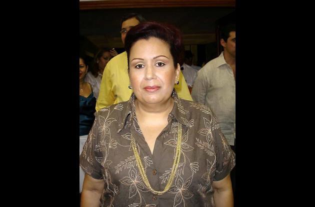María Eugenia Aparicio, aspira a la contraloría departamental.