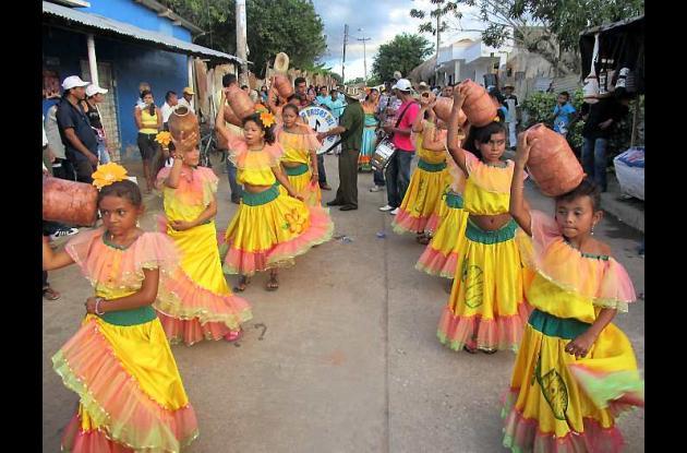 Danzas típicas de la región.