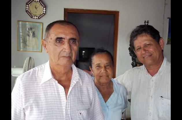 Antonio Bernal, Susana Pantoja y Édgar Cortés en casa de Susana