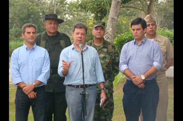 Juan Manuel Santos, con gobernardor Alejandro Lyons y al alcalde Carlos Correa
