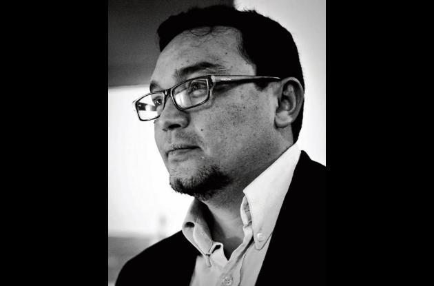 Julio César Pérez, docente y escritor.
