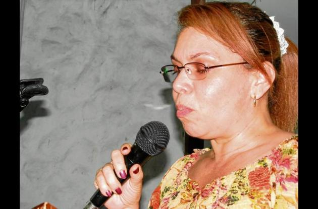 Arinda Vergara, secretaria de educación.