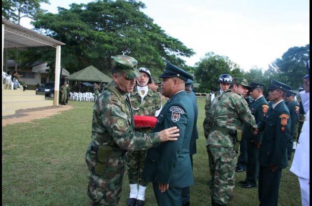 Los asensos se hicieron a los grados de Sargento Primero, Sargento Segundo, Cabo Primero y Cabo Segundo.