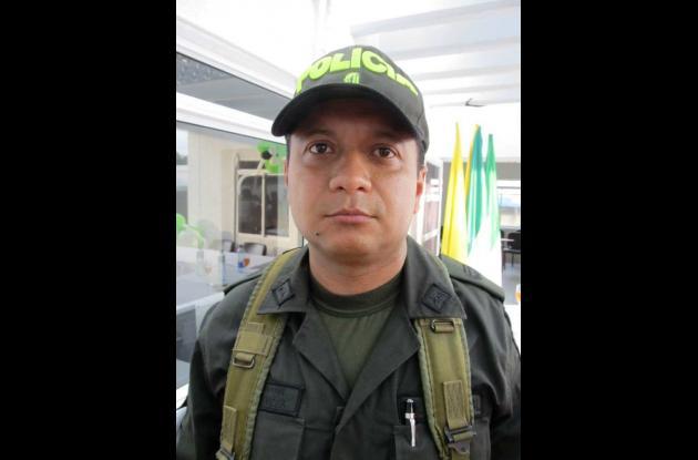 Coronel Apolinar Vides Moreno, Comandante Distrito Tres de Policía.