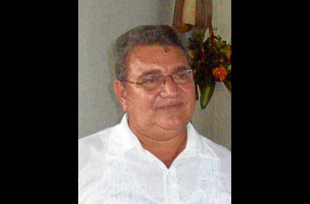 Alcides Muñoz Pérez, Secretario de Educación.