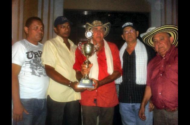 Curacasta se ganó la mejor tarde de toros