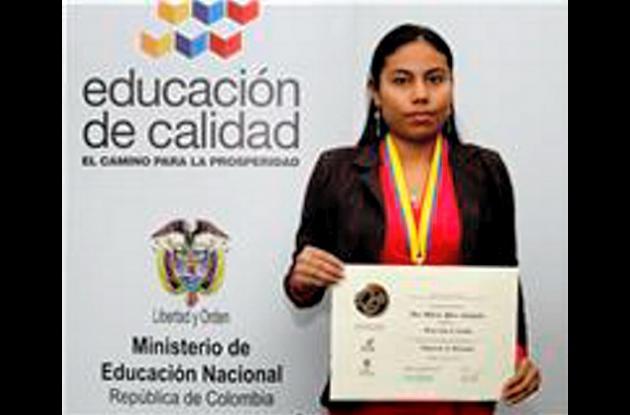 Ana Milena Pérez, mejor Ecaes en ingeniería de alimentos.