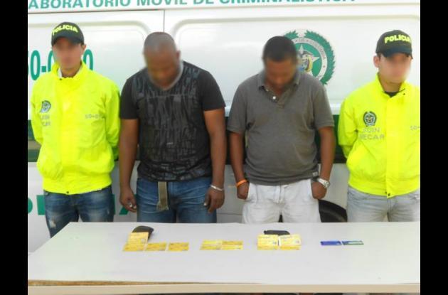 Uno de los capturados tenía antecedentes penales.