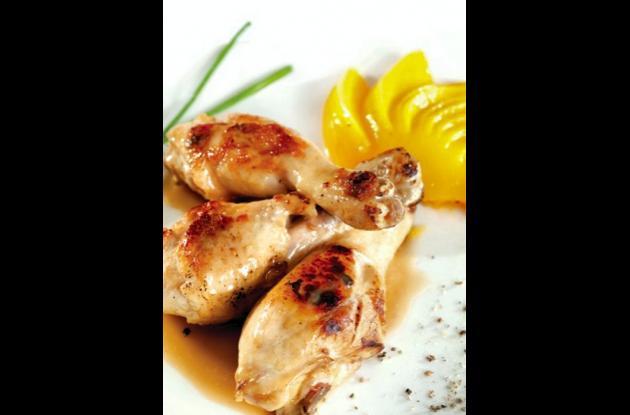 Pollo en salsa de melocotones