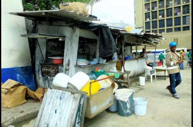 Vendedores informales en Centro Histórico de Cartagena.