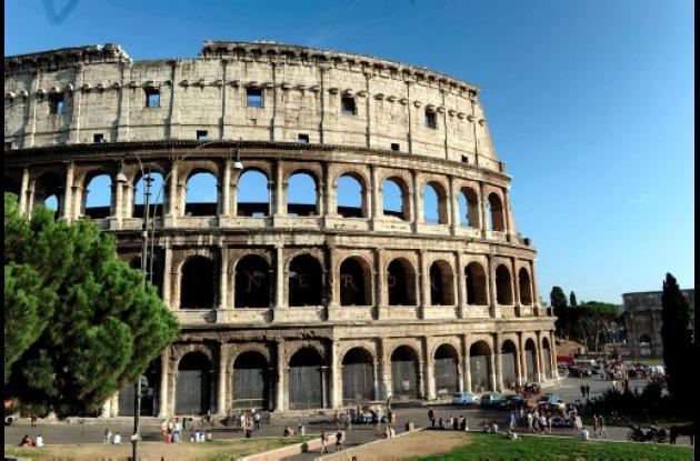 Falta alarma de bomba en Coliseo de Roma.