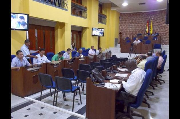 El contralor distrital, Mario Feliz Monsalve, fue invitado al Concejo