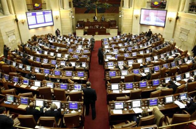 Congreso de la República celebra hoy el Día de la Memoria y Solidaridad.