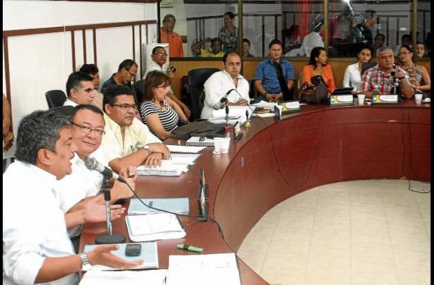 El Concejo estudia el proyecto para modificar el presupuesto Municipal.