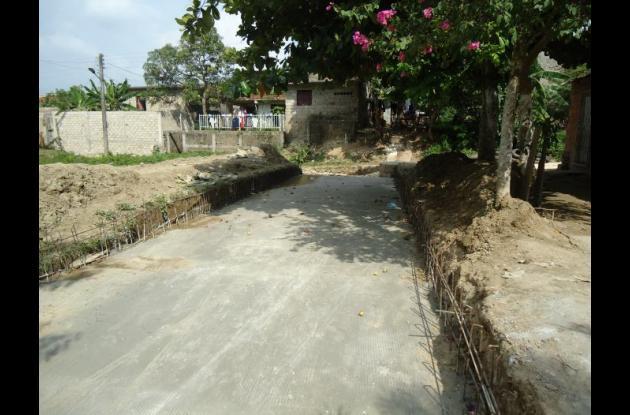 Construcción de aguas pluviales en Los Santanderes.