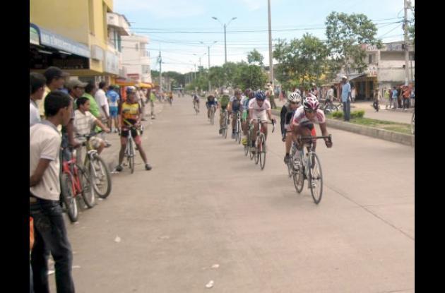 Ciclismo intercolegiado en Montería