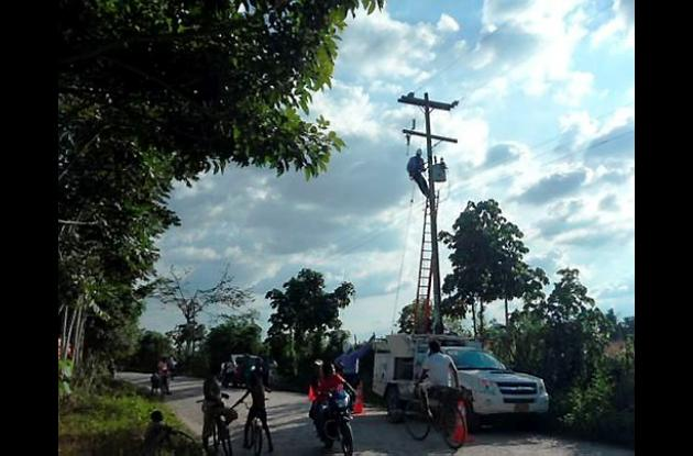 Cambio de transformador en zona rural de Cereté.